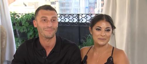 '90 Day Fiancé': Loren & Alex to appear on Ellen Tube's 'Game Night with the Hamilton's.' [Image Source: TLC/ YouTube]