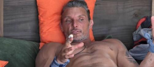 Após pedir para ir para a roça, Juliano é eliminado em 'A Fazenda 12'. (Reprodução/Record TV)