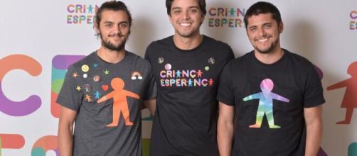 Rodrigo Simas, Felipe Simas e Bruno Gissoni são atores e irmãos. (Arquivo Blasting News)