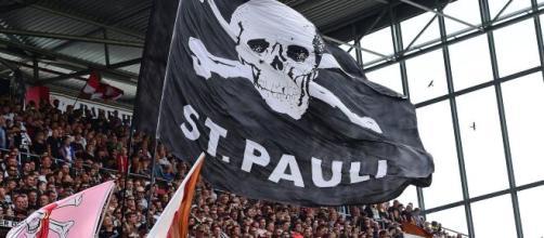 St. Pauli é um clube notoriamente de esquerda. (Arquivo Blasting News)
