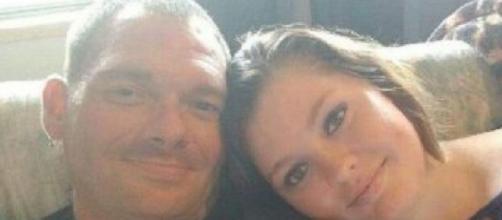 Pai e filha se casam e acabam detidos. (Reprodução/Redes Sociais)