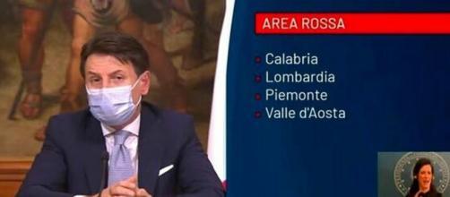 Nelle prossime ore il governo potrebbe dichiarare la Campania zona rossa.