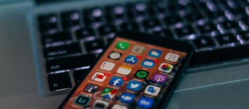 Nightware, la nuova applicazione per Apple Watch che potrebbe aiutare a combattere gli incubi - foto di vscarfia.com.