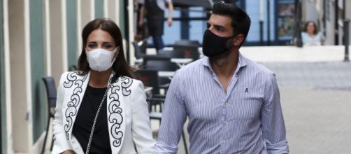 Paula Echevarría y Miguel Torres se saltan las restricciones en la 'baby shower' de su hijo