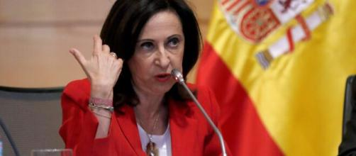 Margarita Robles se manifiesta sobre las cartas de militares al rey