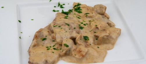 Scaloppine agli champignon, una ricetta italiana.