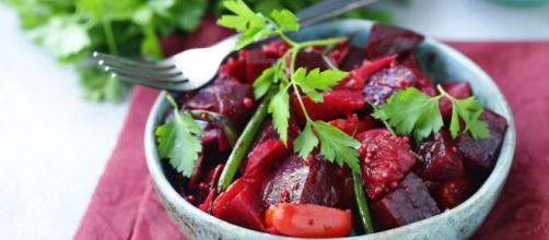 Uma alimentação saudável e equilibrada requer frutas e legumes. (Arquivo Blasting News)