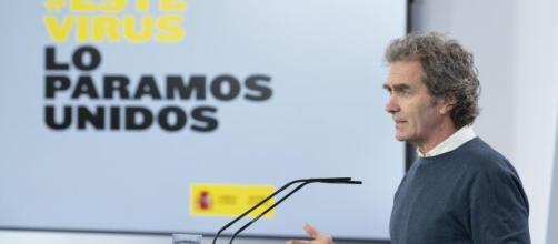 """Fernando Simón cree que la actual situación por el virus es""""delicada"""