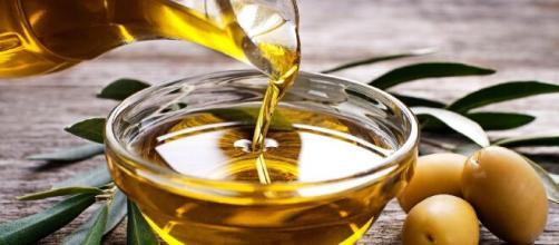 Azeite é uma gordura vegetal essencial para o organismo. (Arquivo Blasting News)