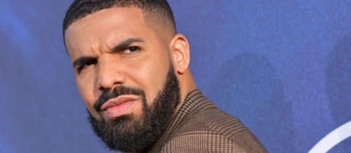 Drake é um dos artistas mais ouvidos no Spotify em 2020. (Arquivo Blasting News)