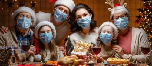 El Gobierno propone cenas de seis personas en Navidad.