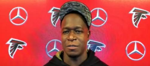 Morris and the Falcons are both winless vs Brady (© Atlanta Falcons/YouTube)
