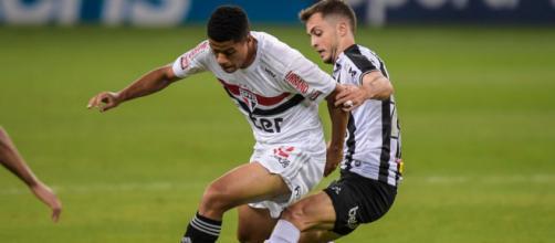 São Paulo e Atlético Mineiro se enfrentam pela 26ª rodada do Campeonato Brasileiro. (Arquivo Blasting News)