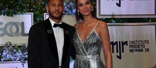 Bruna Marquezine encantou com looks belos. (Arquivo Blasting News)