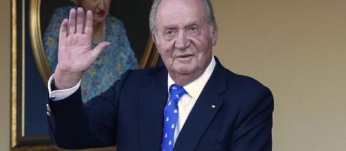 Juan Carlos I confirma mediante un comunicado que pospondrá su regreso a España