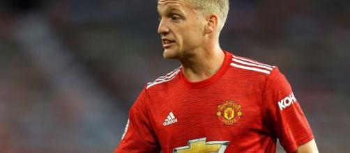 Van de Beek ainda não deslanchou no Manchester United. (Arquivo Blasting News)