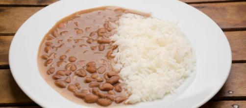 Os motivos para o arroz e o feijão serem uma excelente combinação. (Arquivo Blasting News)