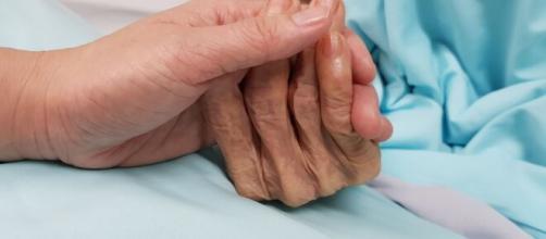 Câmara dos Deputados da Espanha aprova projeto que descriminaliza a eutanásia. (Arquivo Blasting News)
