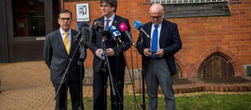 El abogado de Puigdemont presuntamente se habría reunido con socios de Sito Miñanco