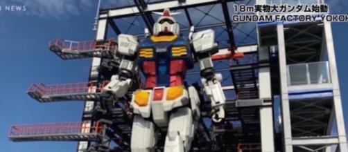 Le plus grand robot du monde, Gundam a fait ses premiers pas.©Capture YouTube