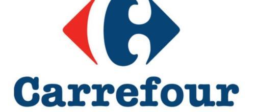 Carrefour assume nei reparti macelleria, ortofrutta, gastronomia, panetteria e pasticceria.