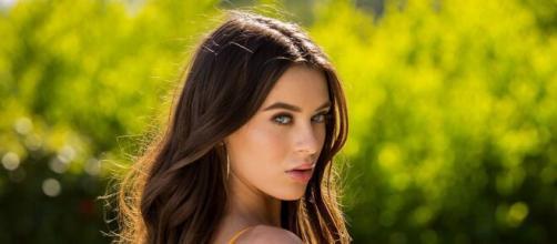 Lana Rhoades dévoile ses messages privés avec un joueur aux '43 millions de followers' (Facebook)