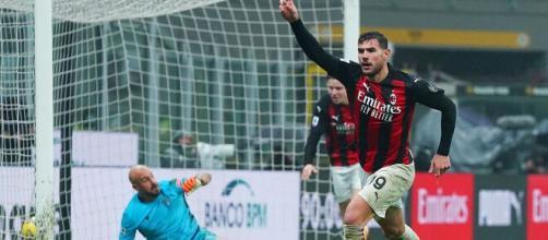 Theo Hernandez segna il gol vittoria nel recupero in uno spumeggiante Milan - Lazio - foto di: acmilan.com