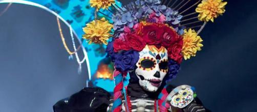 Catrina se hace con la máscara dorada en la gran final de 'Mask Singer'