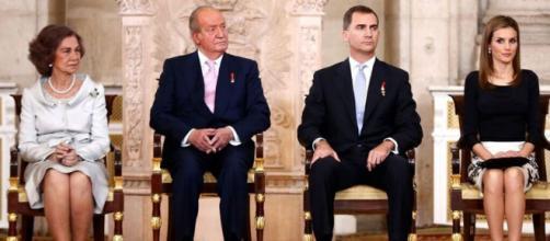 La reina Sofía, Juan Carlos I, Felipe y Letizia.