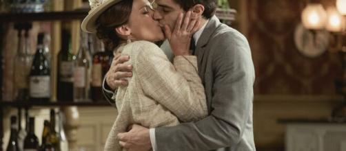 Una vita, trame al 2 gennaio: Emilio chiede la mano di Cinta, Mauro è ancora un poliziotto.