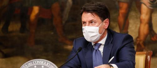 Dpcm: Italia in zona arancione per tre giorni, poi nuovo lockdown