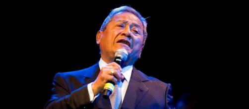 A los 85 años murió por covid-19 el cantautor mexicano Armando Manzanero