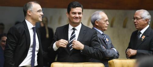 André Mendonça e Moro discutem por causa de Bolsonaro nas redes sociais. (Arquivo Blasting News)