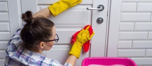 La higiene del hogar en Navidad es imprescidible especialmente después de la reuniones familiares.