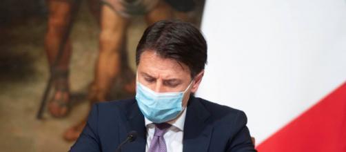 Giuseppe Conte, presidente del Consiglio (Foto tratta dal profilo Facebook del premier).