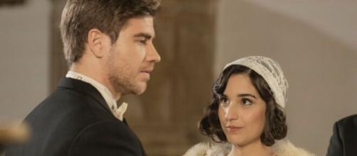 Il Segreto, spoiler spagnoli: Adolfo esita prima di rispondere sì a Rosa sull'altare.