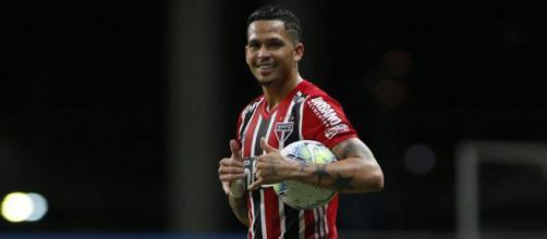 São Paulo aposta muito nos gols de Luciano para assumir a liderança provisória do Brasileirão, diante do Goiás nessa quinta-feira (03/12)