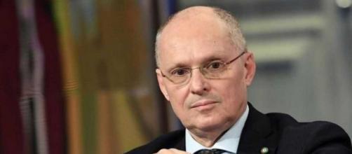 Walter Ricciardi sul vaccino: 'Non darà immunità permanente'.