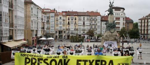 Regreso de 11 presos vascos pertenecientes a ETA