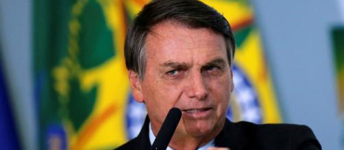 Bolsonaro anuncia aumento do salário mínimo para R$ 1.100 em 2021. (Arquivo Blasting News)