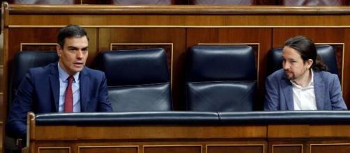 PSOE y Podemos acuerdan prohibir los desahucios hasta mayo