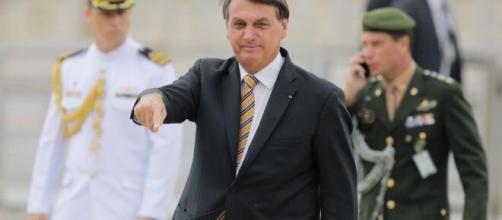 Bolsonaro alerta aspirantes da Aeronáutica sobre risco à liberdade do Brasil. (Arquivo Blasting News)