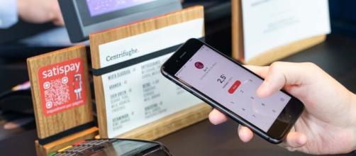 Cashback al via 8 dicembre: con Nexi, Hype e Satispay senza Spid e App IO, 100 euro da Amazon.