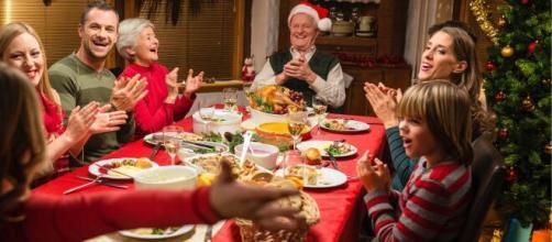 Durante las cenas de Navidad es importante comer con moderación.