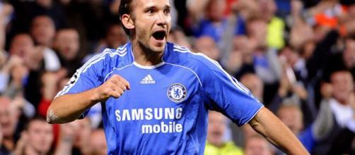 Decepção no Chelsea, Shevchenko foi um dos maiores jogadores da história do Milan. (Arquivo Blasting News)