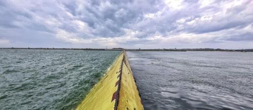 Il Mose, sistema che difende Venezia dall'acqua alta.