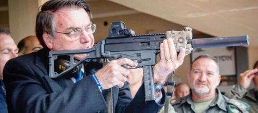 Atualmente a alíquota para importar armas é de 20%. (Arquivo Blasting News)