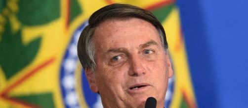 Jair Bolsonaro volta a debater o tema das armas. (Arquivo Blasting News)
