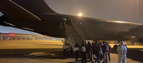 Coronavirus, anche il Viceministro Sileri sull'aereo tornato da Wuhan