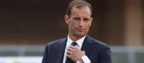 Juventus, i tifosi inneggiano al ritorno di Allegri.